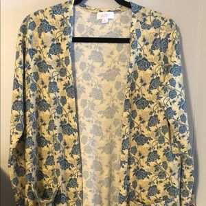 Lularoe cream and blue floral sarah duster M